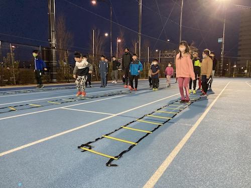 RFFの墨田区ランニングスクールでこどもたちが練習しています