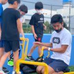 子どもたちと舘野コーチ